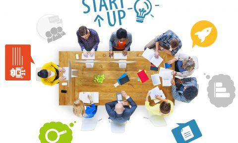 """Thông báo viết """"Ý tưởng khởi nghiệp"""" dành cho sinh viên Khóa 40, Đại học chính quy"""
