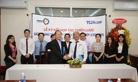 Ký kết hợp tác chiến lược giữa Trung tâm Phát triển khởi nghiệp (CED-UEH) và Công ty Cổ phần TS24 (TS Corp)